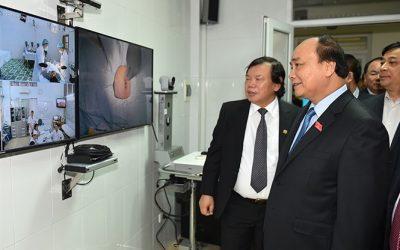 Thủ tướng Nguyễn Xuân Phúc làm việc với Viện Y học biển Việt Nam